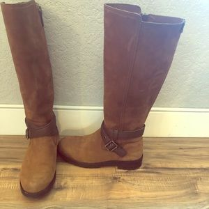 Women's Leather Ugg Boots